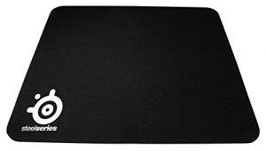 SteelSeries QcK,Mini Tapis de souris Gaming, 250mm x 200mm, Tissu, Base en gomme, Compatible Souris Laser & Optique – Noir