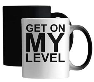 Get on My Level Gamer Gaming Logo Tasse Magique en céramique Blanc